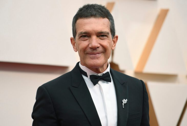 Mandatory Credit: Photo by Richard Shotwell/Invision/AP/Shutterstock (10552553k) Antonio Banderas arrives at the Oscars, at the Dolby Theatre in Los Angeles 92nd Academy Awards - Arrivals, Los Angeles, USA - 09 Feb 2020